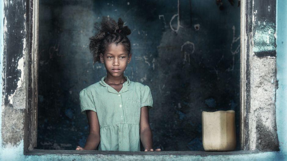 Junges Mädchen auf São Tomé.