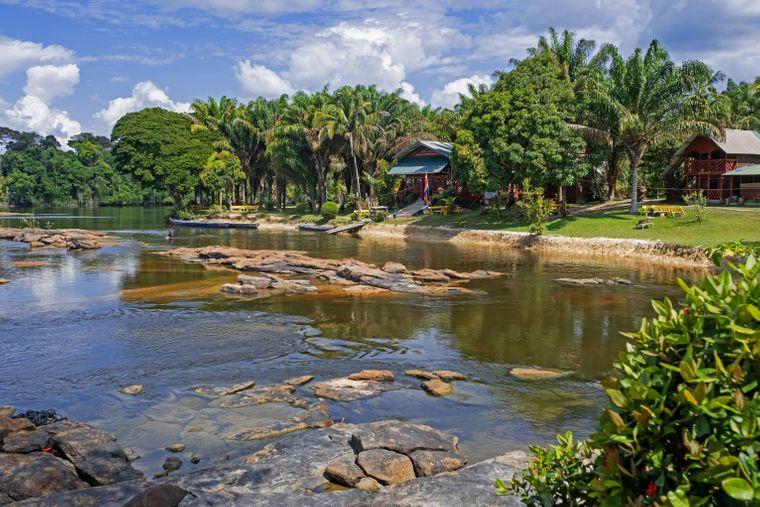 Menimi Eco Resort am Suriname River.