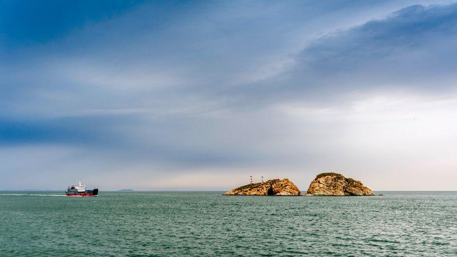 Eine von zahlreichen unbewohnten Inseln in der Provinz Liaoning in China.