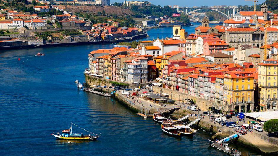 Flussmündung des Duero in Porto