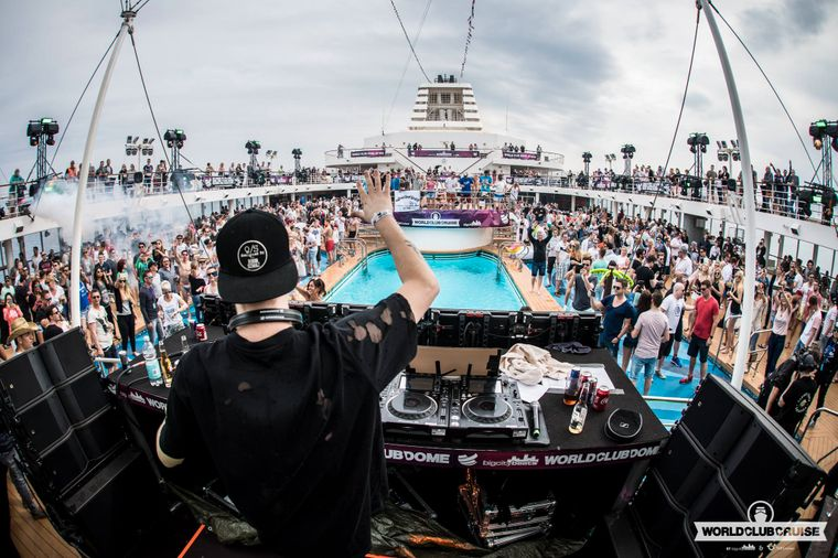 World Club Cruise Party.
