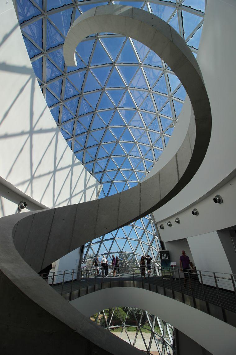 "Die Architektur des Museums ""The Dalí"" ist auch eine Hommage an den Künstler Salvador Dalí."