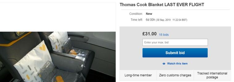 Decken des letzten Thomas-Cook-Airlines-Fluges werden angeboten.