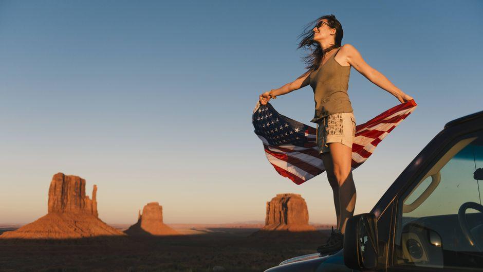 Das Monument Valley liegt innerhalb der Navajo-Nation-Reservation, wo du auch das Four Corners Monument findest.