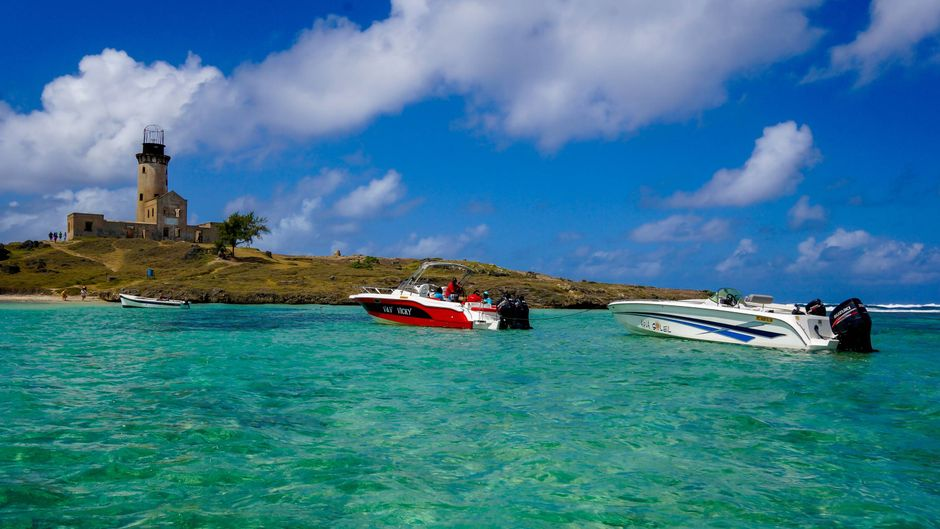 Die Ile aux Fouquet liegt einige Kilometer vor der Ostküste Mauritius und beherbergt eine alte Festung.