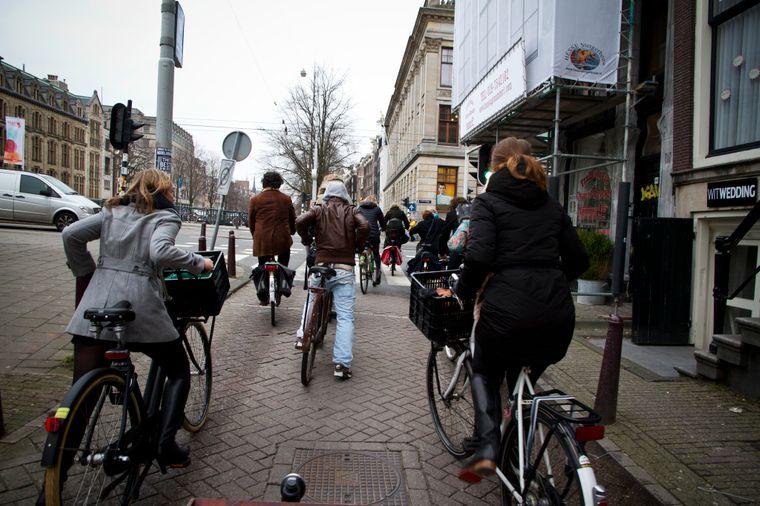 Das Transportmittel schlechthin in Amsterdam – das Fahrrad.