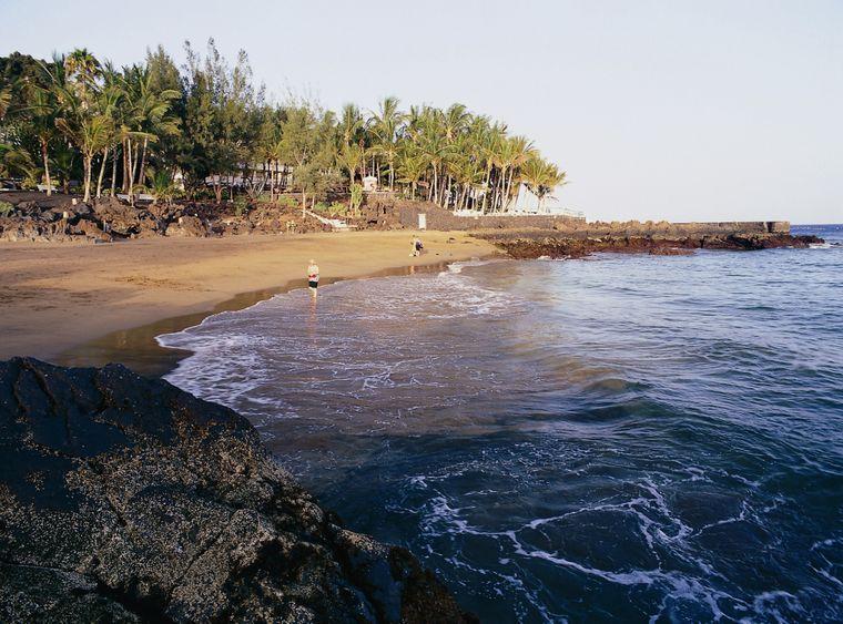 Puerto del Carmen, ein ehemaliges Fischerdorf, liegt im Gebiet der Gemeinde Tías und ist der wichtigste und größte Touristenort der Kanareninsel Lanzarote.