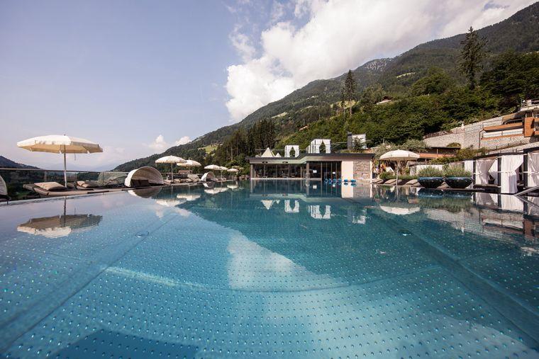 Ausspannen für die ganze Familie heißt es im Fünf-Sterne-Resort in Südtirol.