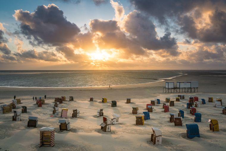 Platz 3 mit 74.500 Beiträgen: Borkum an der Nordsee. Noch mehr Strand, Wellen und Strandkörbe – die Instagram-Nutzer können gar nicht genug davon kriegen.