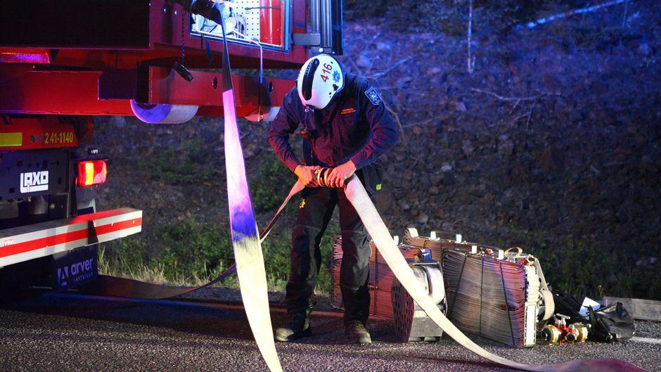 Feuerwehrmann im Einsatz bei den Waldbränden in Schweden.