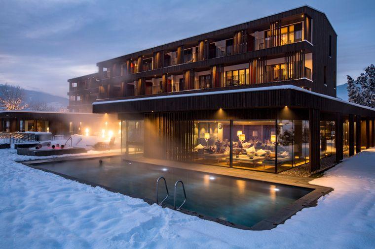 Hotel Rudolf bei Nacht