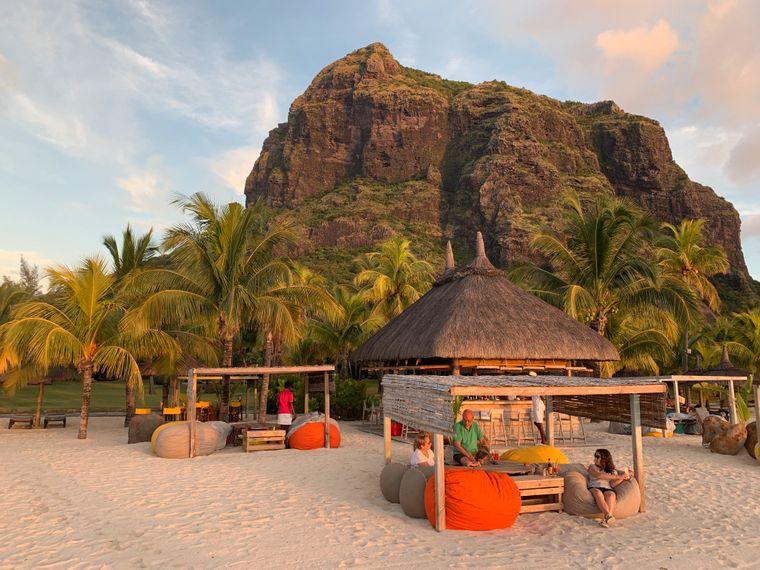 Der Berg Le Morne Brabant im Südwesten von Mauritius ist ein bedeutender Teil der Landschaft und ist ein beliebtes Fotomotiv.