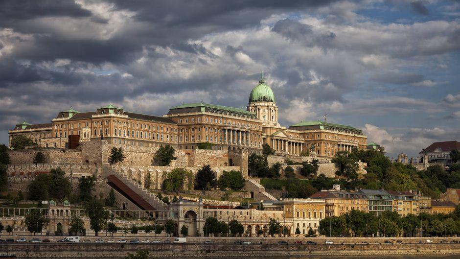 Der Burgpalast in Budapest strotzt nur so vor Kunst und Kultur.