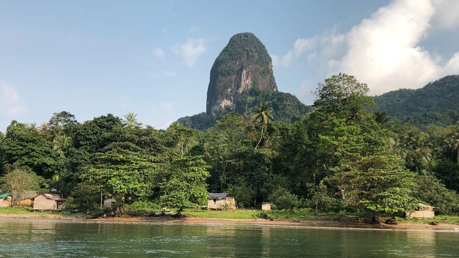 Der Pico Príncipe ist ein Monument aus Basalt mitten im Unesco-Biosphärenreservat auf Príncipe.