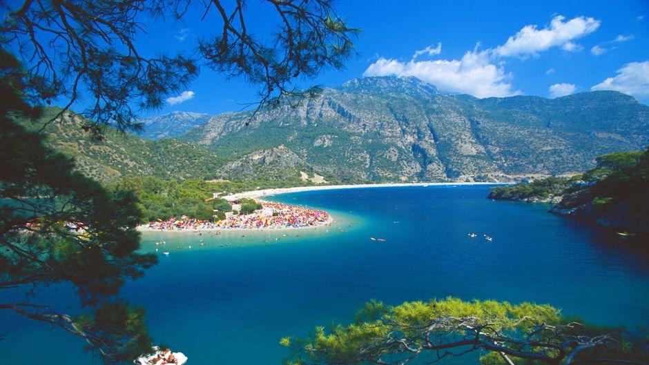 Die Blaue Lagune in Anatolien in der Türkei.