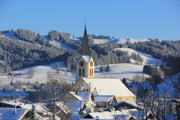 Das Winterwunderland in Oberstaufen. Meistens liegt der Schnee in der Alpenregion jedoch weitaus höher!
