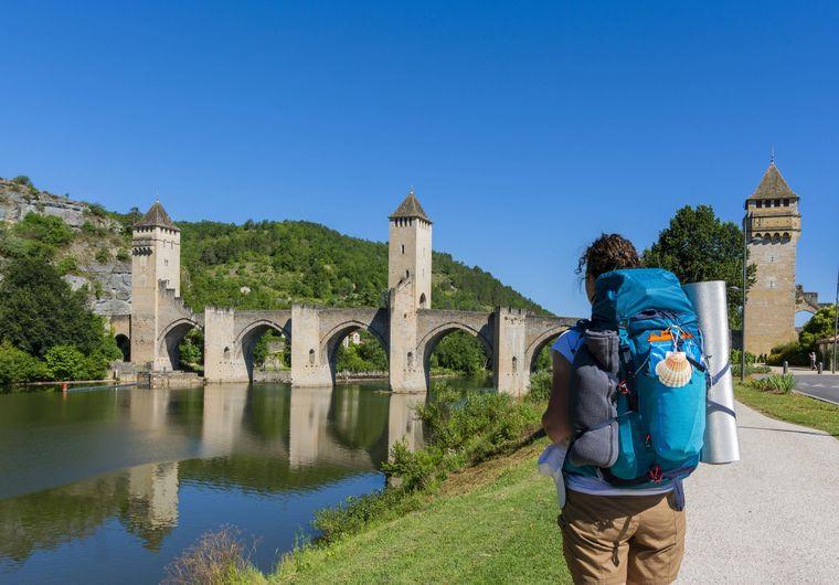 Fernwanderwege bieten dir die Möglichkeit, unterschiedliche Orte auf einer Wanderroute zu entdecken.