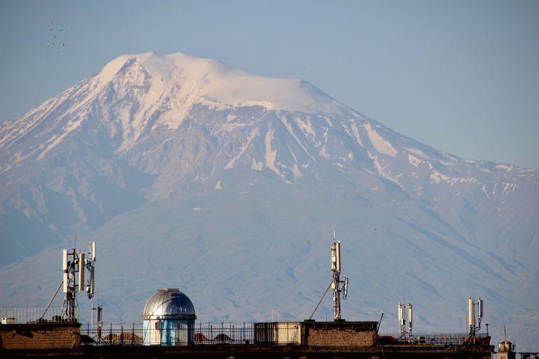 Blick auf den Ararat, heiliger Berg der Armenier auf türkischem Gebiet.