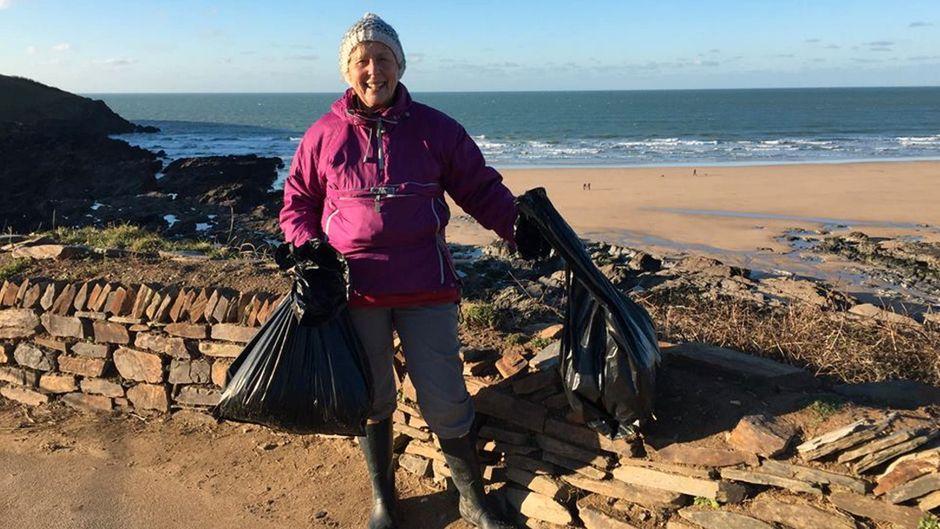 Pat ist 70 Jahre alt – und hat ihr Leben dem Kampf gegen Plastik verschrieben.