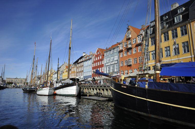 Die zweite europäische Stadt im Ranking ist Kopenhagen. Die Stadt punktet nicht nur mit ihrem schönen Kanal Nyhavn, sondern vor allem auch in Sachen Bildung und Infrastruktur. Macht Platz neun.