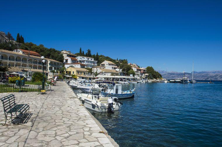 Die Haupteinnahmequelle von vielen kleinen Dörfern wie Kassiopi ist das Fischereigeschäft.