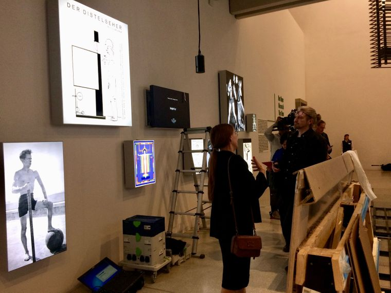 Ein Blick hinter die Kulissen kurz vor der Eröffnung des Bauhaus-Museums.