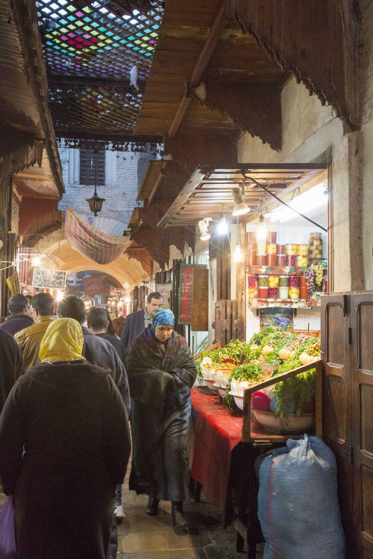Medina (Altstadt) von Fès am Abend.