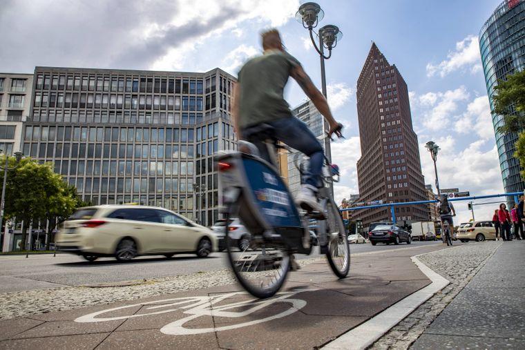 Berlin ist weitläufig. Mit dem Fahrrad lässt sich Stadt dennoch wunderbar erkunden!