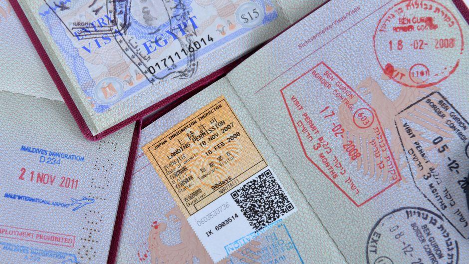 Visastempel in deutschen Reisepässen