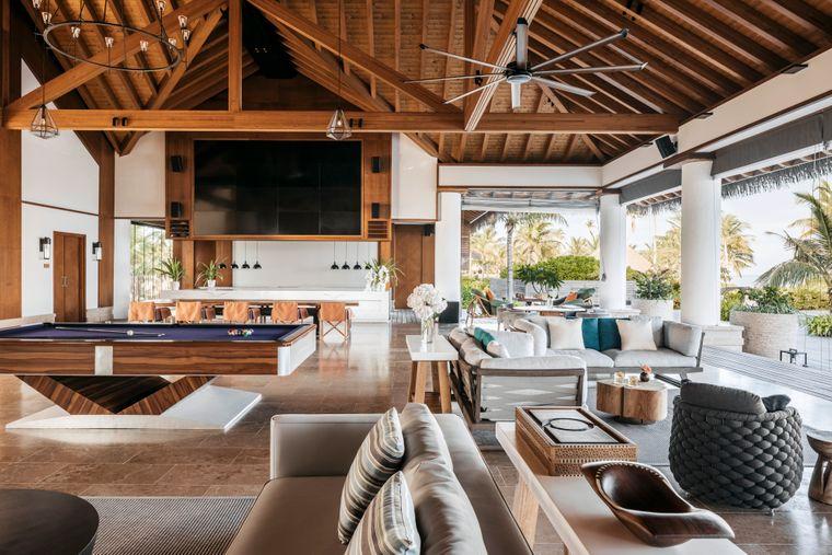 Maledivischer Charm: das spürt man auch bei der Architektur und der Inneneinrichtung.