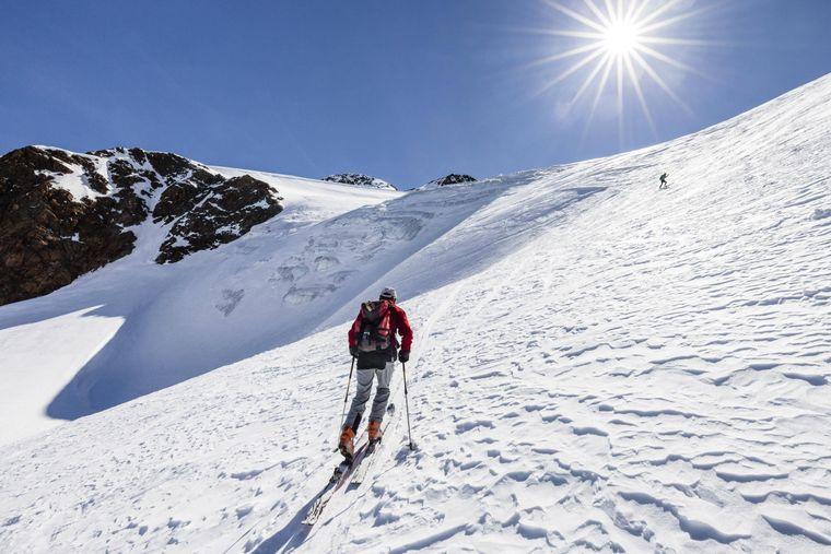 Der Schnalstaler Gletscher bietet neben 30 Pistenkilometern auch zwei Langlaufloipen.