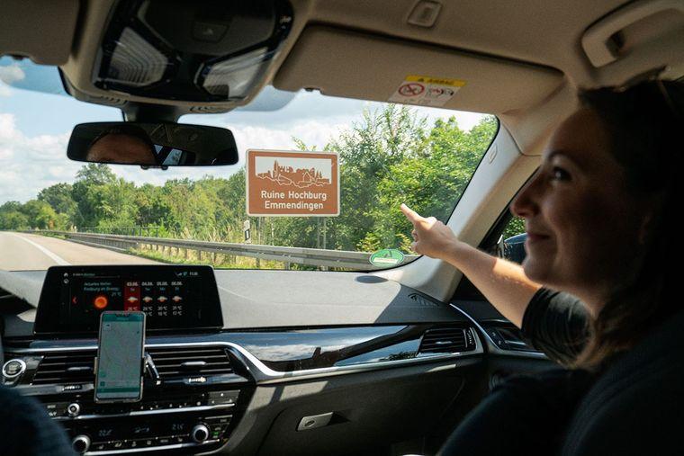 Die App informiert über Sehenswürdigkeiten entlang der Autobahn.
