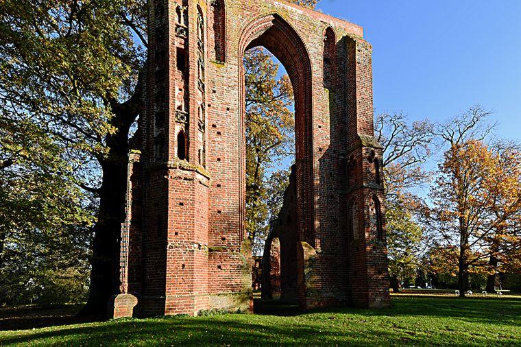 Die Klosterruine bietet einen eindrucksvollen Anblick