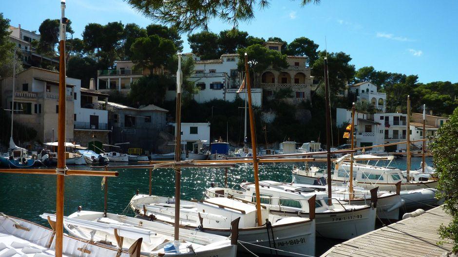 Mallorca lässt Touristen bereits im Juni einreisen.