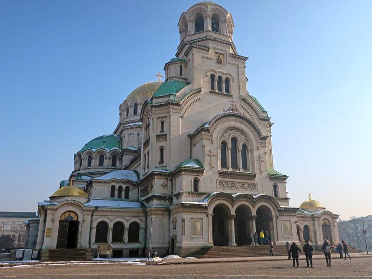 Daran kommst du wohl bei keiner Tour vorbei: Die imposante Alexander-Newski-Kathedrale.
