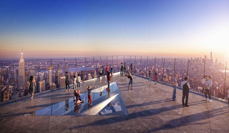 """Die Aussichtsplattform """"Edge"""" hat in der Mitte einen Glasboden."""