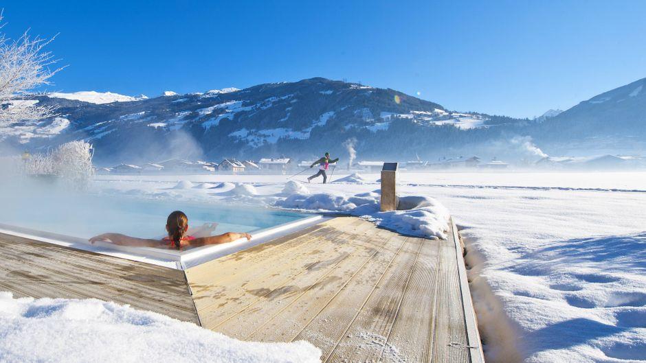 Entspannen im Whirlpool: Das Zillertal hat in Sachen Luxus aufgerüstet.