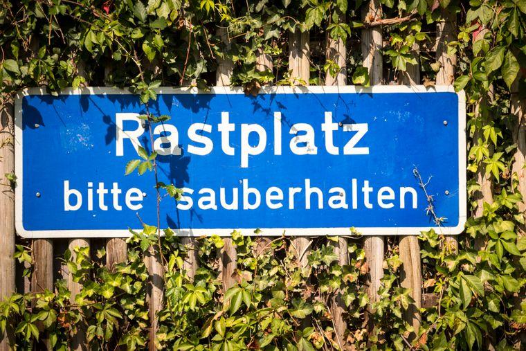 rastplatzschild