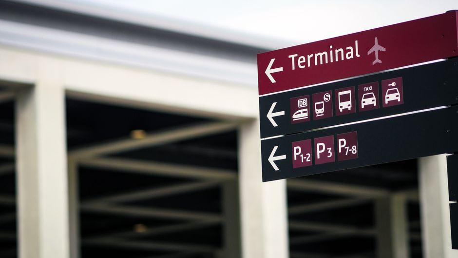 Final Countdown: 20.000 Freiwillige sollen den Flughafen BER testen.