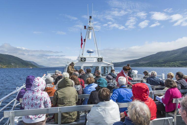 An den Hotspots, wie hier am Loch Ness, müssen Besucher oftmals auf Einsamkeit in den Highlands verzichten.