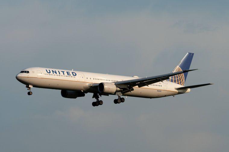 United-Airlines-Flugzeug.