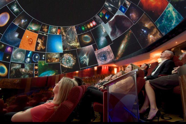 Das Planetarium der Cunard Line.