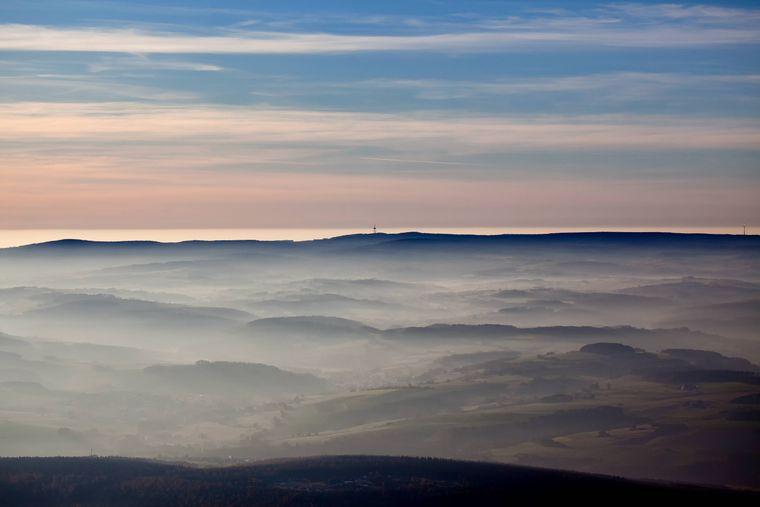 Vom hessischen Vogelsberg hast du einen Überblick über die gesamte Region.