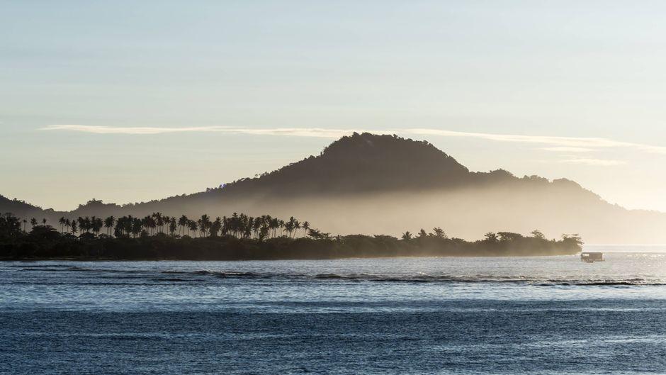 Die drittgrößte Fidschi-Insel Taveuni lässt dich durch die Zeit springen.