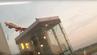 Bei der Ehrenrunde für AB7001 vor der Landung flog die Air-Berlin-Maschine knapp an einem Terminal vorbei.