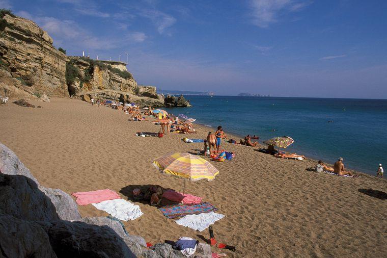 Der Platja del Raco ist ein FKK Strand an der Costa Brava in Spanien.