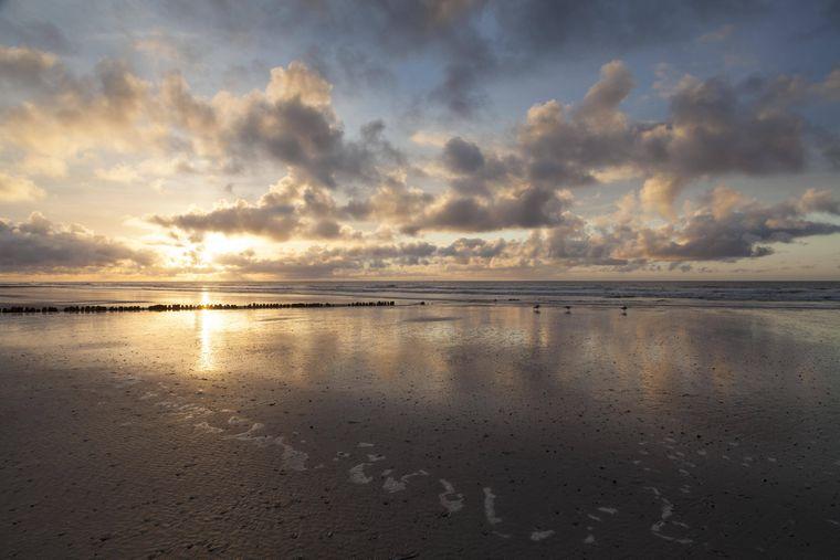 Sonnenuntergang an der Nordseeküste auf Norderney