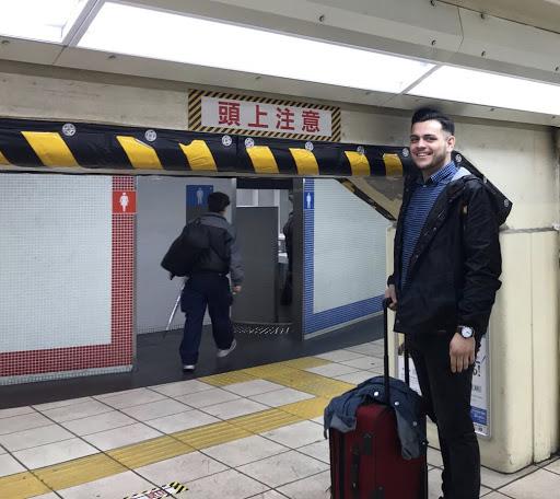 Mit über 1,80 m in der U-Bahn-Station? Der Zug ist abgefahren...