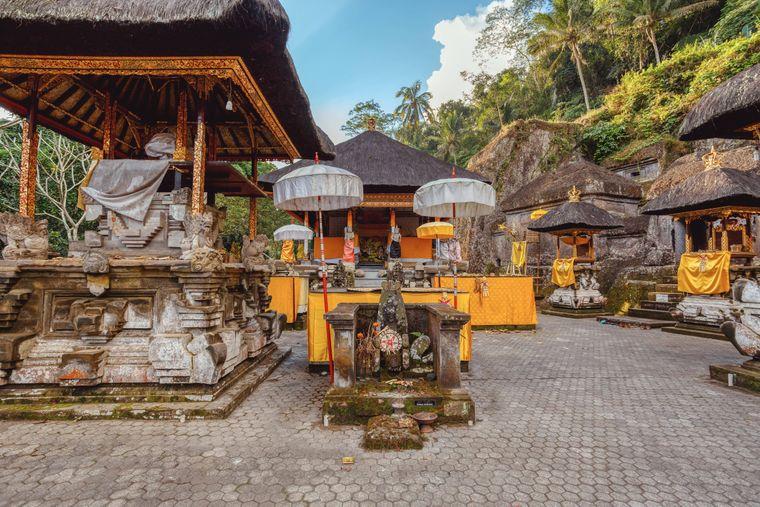 Ein verlassener Hindu Tempel bei Gunung Kawi auf Bali.