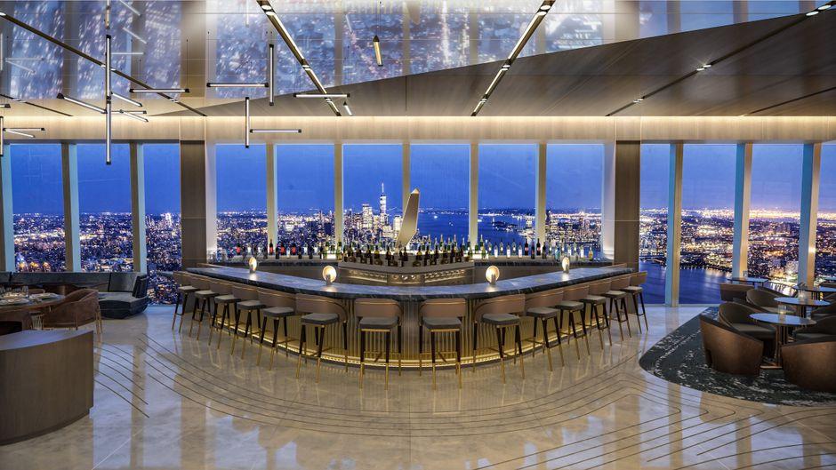 """New Yorker Restaurant """"Peak""""."""